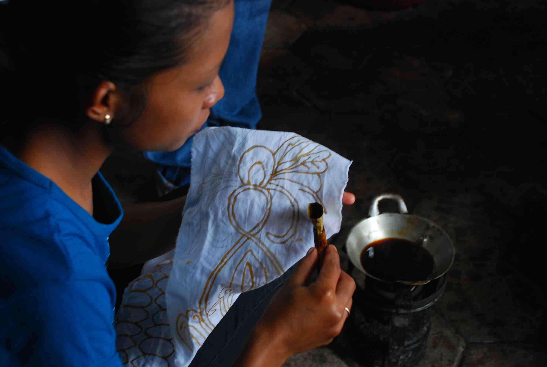 Keanekaragaman Hayati, Pewarna Alam untuk Batik