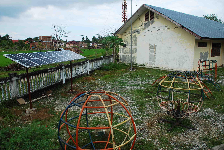 Solar Panel untuk Radio Komunitas